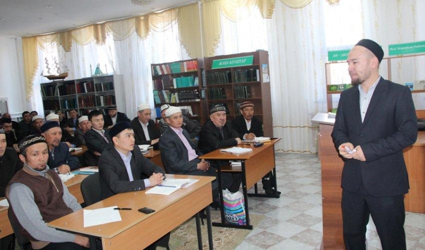 Үш күндік семинар (ФОТО)