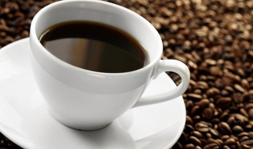 Дәрігерлер кофенің денсаулыққа қауіпті мөлшерін анықтады