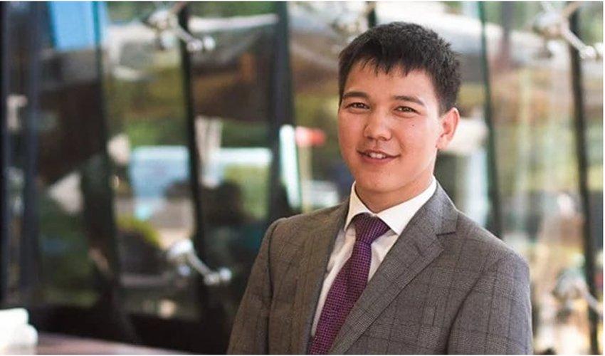25 жастағы қазақстандық алғашқы тапқан $2 млн-ын қайырымдылыққа аударды