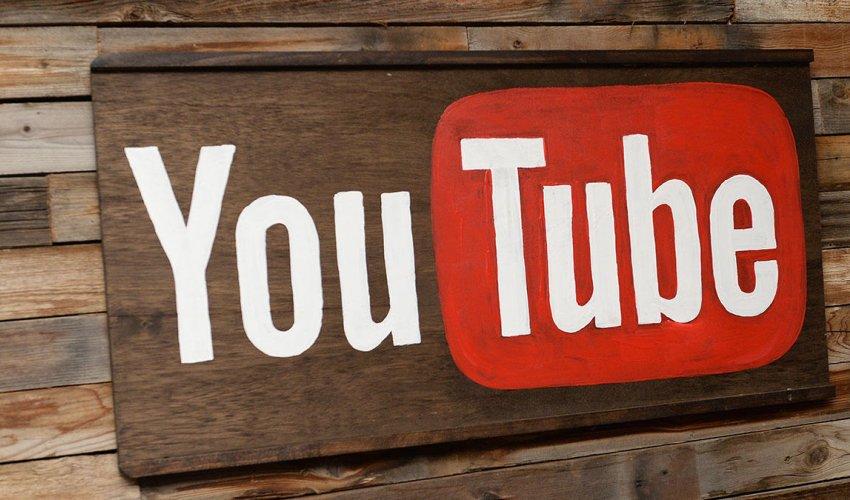 YouTube он жылдығын атап өткелі отыр