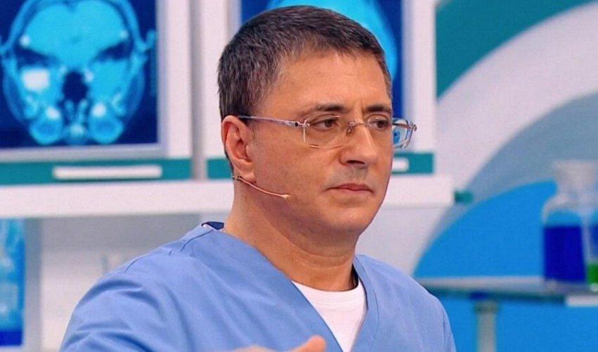 Доктор Мясников рассказал, эффективны ли медицинские маски при коронавирусе