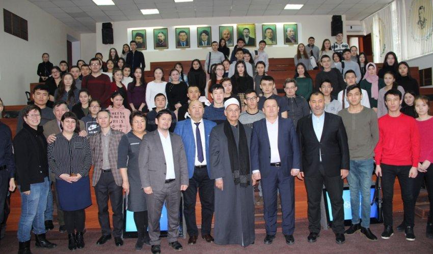 Встреча ректора Египетского университета Исламской культуры   «Нур-Мубарак»
