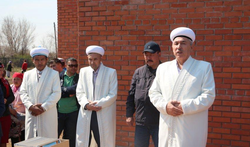 В селе Енбек открылась мечеть