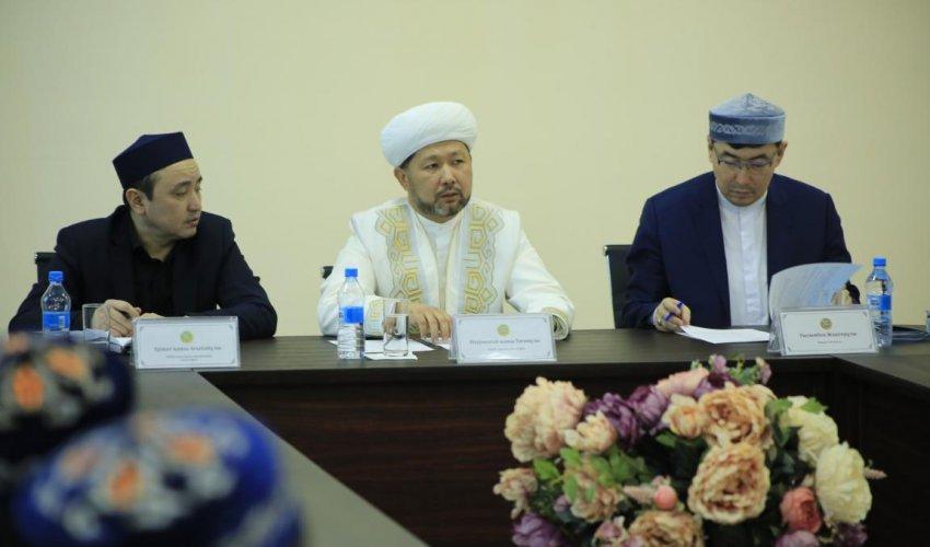Верховный муфтий поручил открыть «Центр паломничества» в регионах