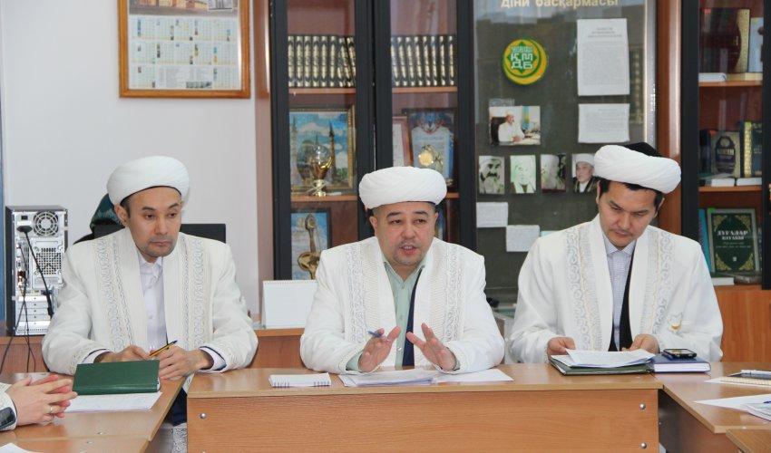 Павлодар имамдарының келелі кеңесі (ФОТО)