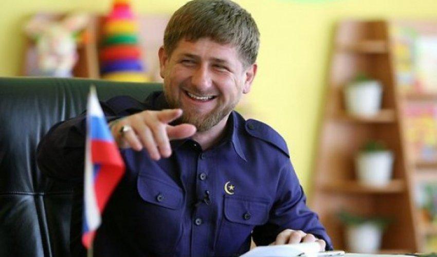 Рамазан Қадыров 300 хафизге диплом табыстады