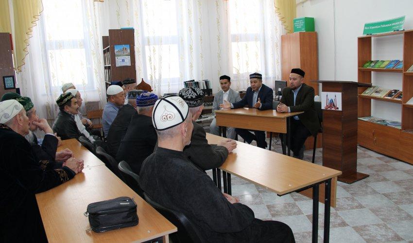 Бір айлық семинар басталды (ФОТО)