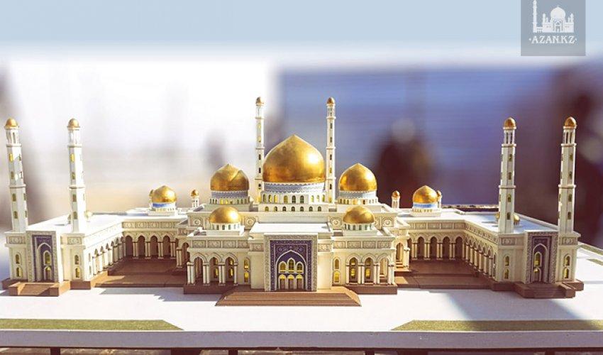 Главный имам Алматы ознакомился с ходом строительства новой мечети